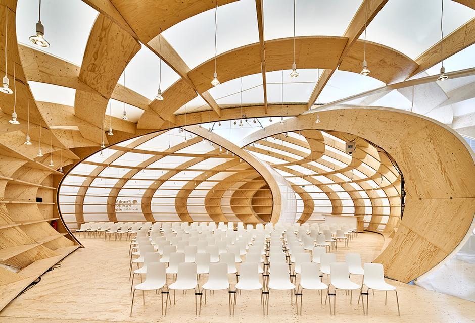 http://www.architekturzeitung.com/azbilder/2018/1810/schneider-schumacher-buchmesse-frankfurt-pavilion-01.jpg