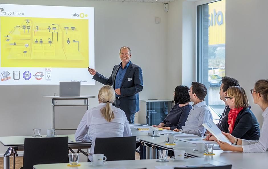 http://www.architekturzeitung.com/azbilder/2018/1810/sita-campus-seminar-02.jpg