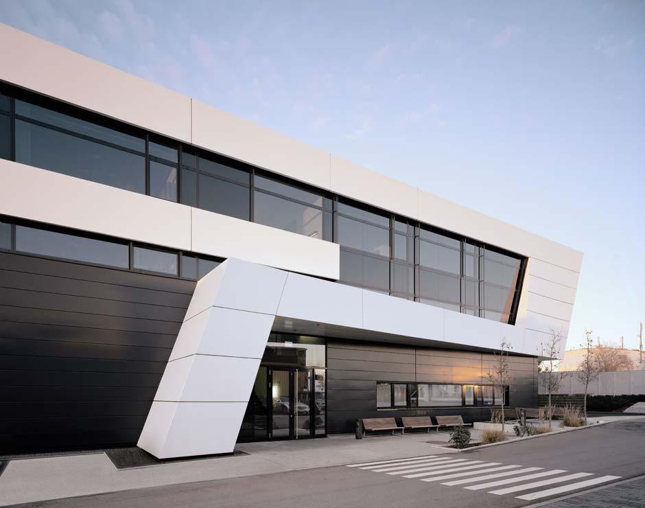 Geb ude 9 f r mercedes amg von gellink schw mmlein for Architekt alternative jobs