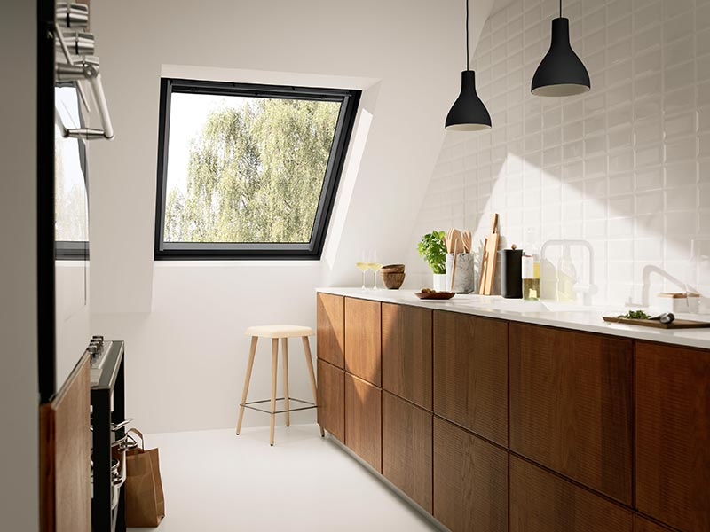 velux schwingfenster black 02