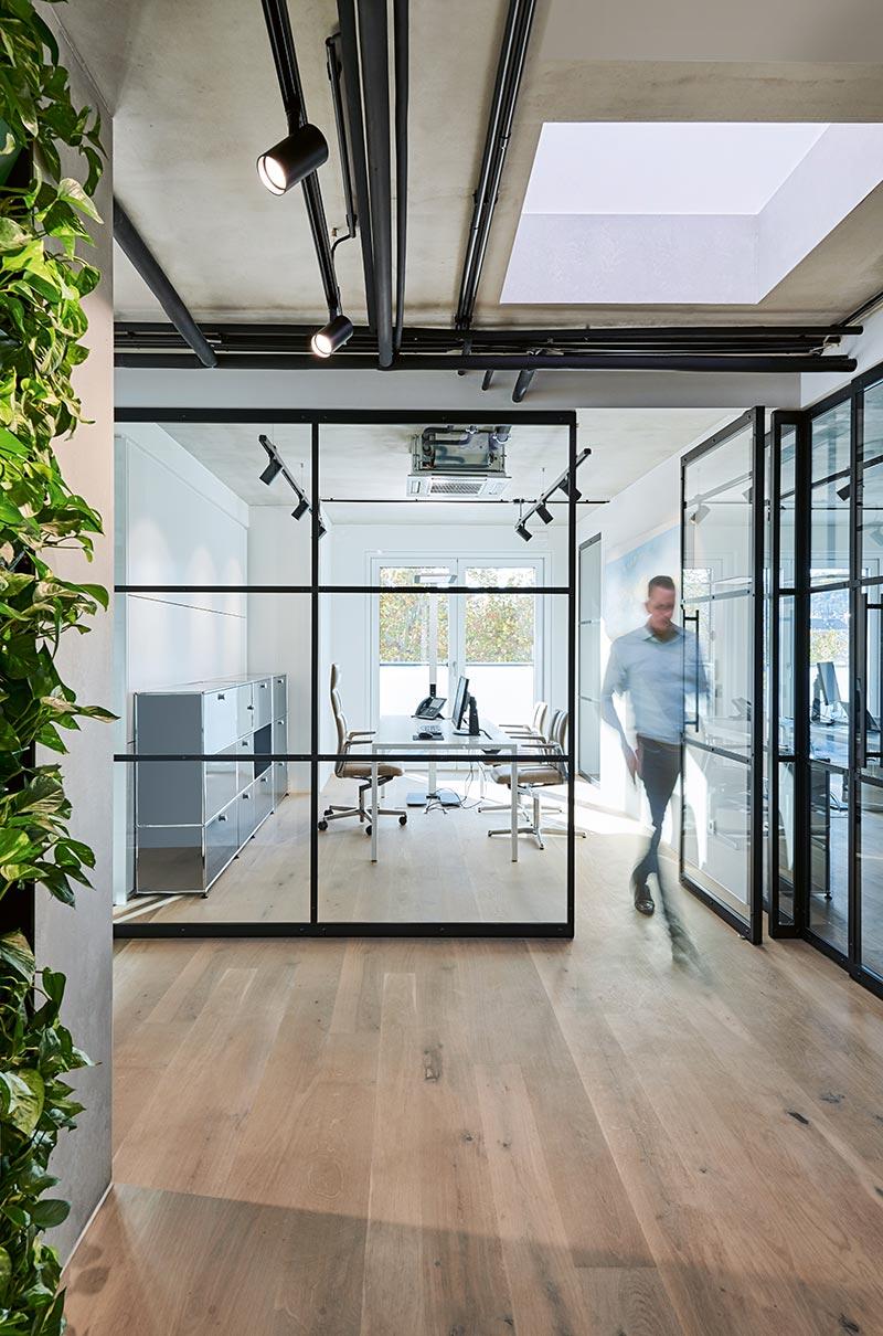 Büro mit Loft-Atmosphäre von blocher partners